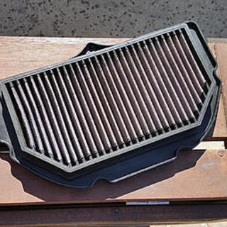 K&N Air filter, fits 2005-06 GSXR1000