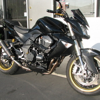 2007 Kawasaki Z1000, very clean.