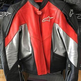 Smaller lady leather jacket by Alpinestars